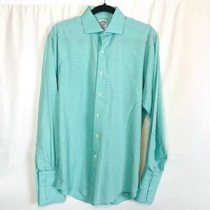 Brooks Brothers Men's Sz  15 1/2 M Casual Shirt